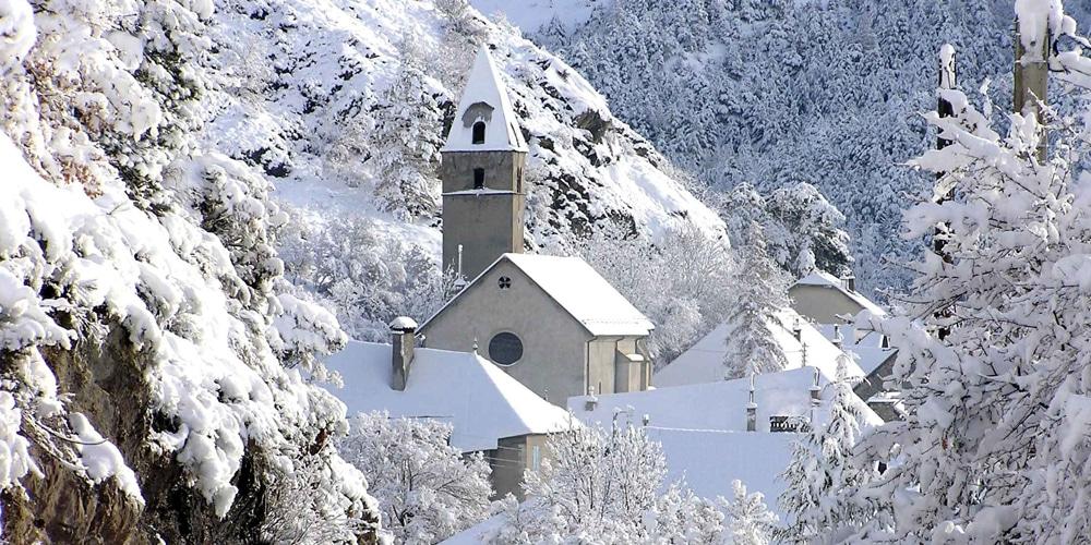la-roche-des-arnaud-neige-le-hellec